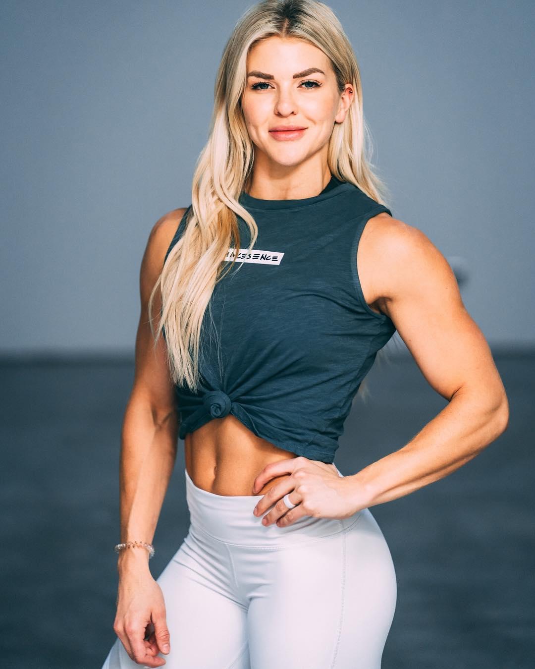 Brooke Holladay Ence Muscles (5 photos 3) - nsfwork.net