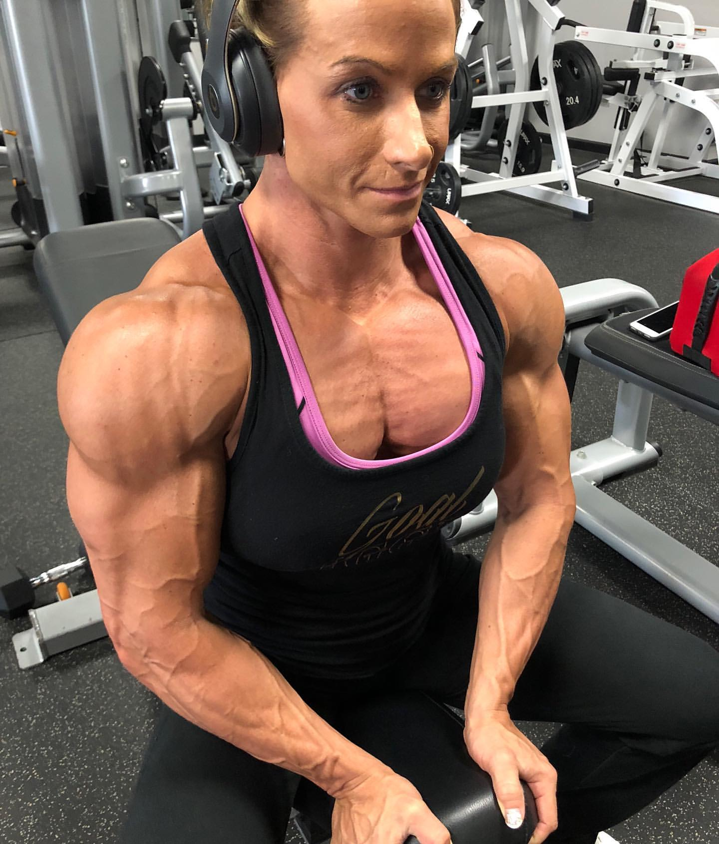 Theresa Ivancik - Darebeauties.com