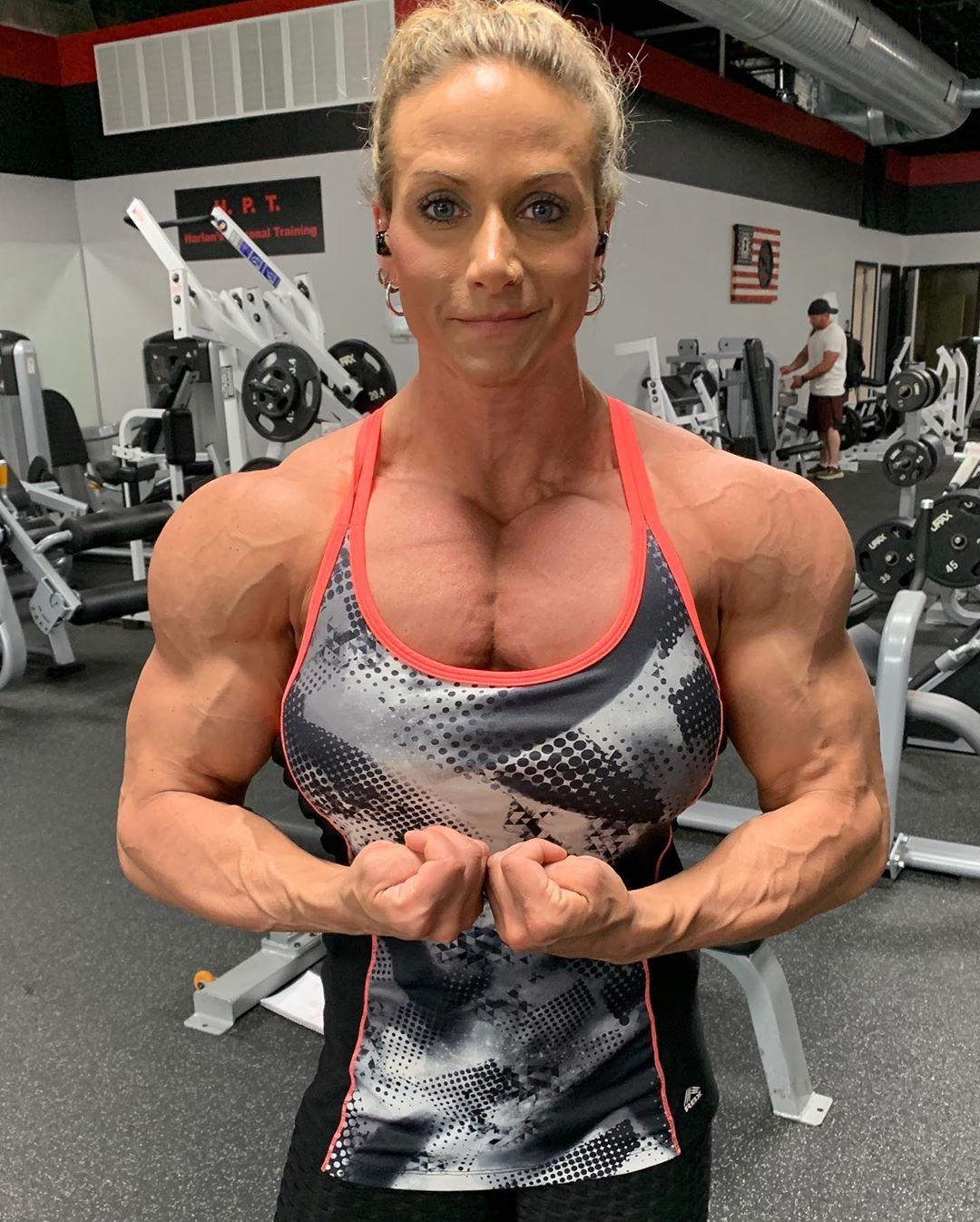 Theresa Ivancik | Beautiful Muscle Girls