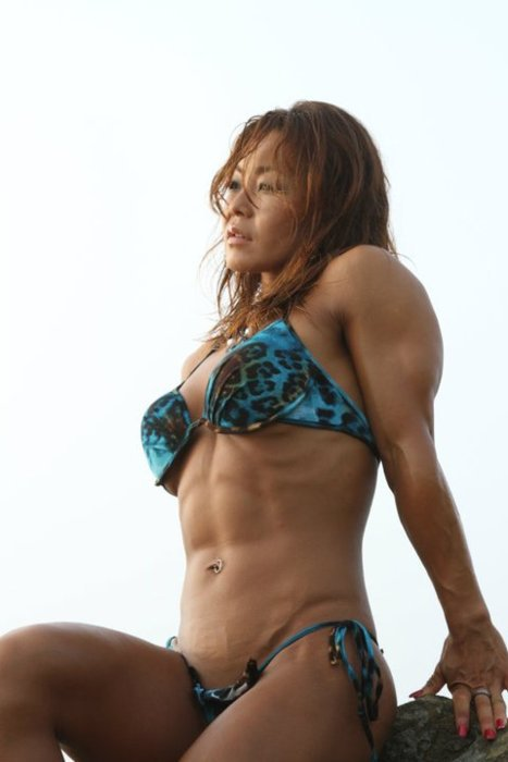 hottest muscle girls