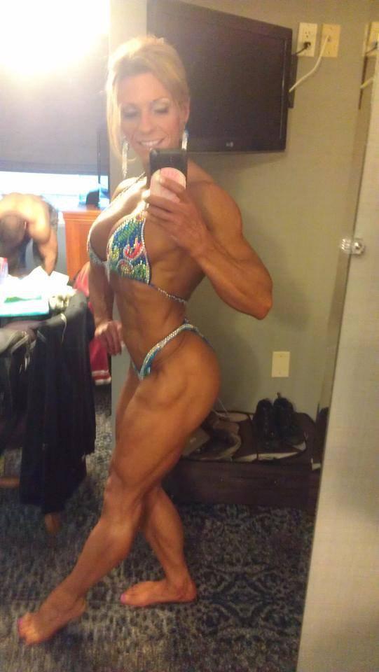 Fabiola Boulanger   Best physique, Gym girls, Physique  Fabiola Boulanger Abs