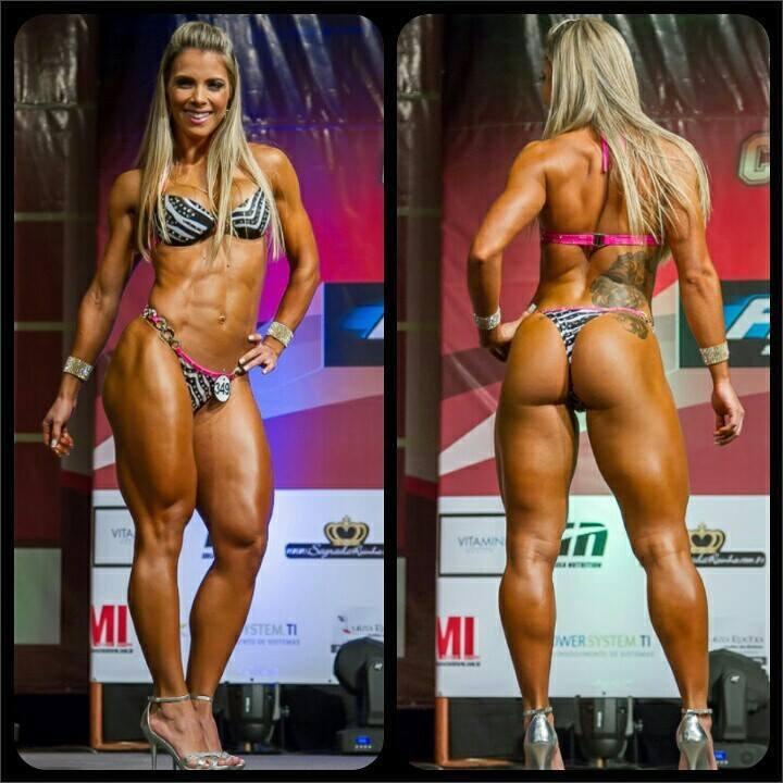 Fernanda Alves Nude Photos 15