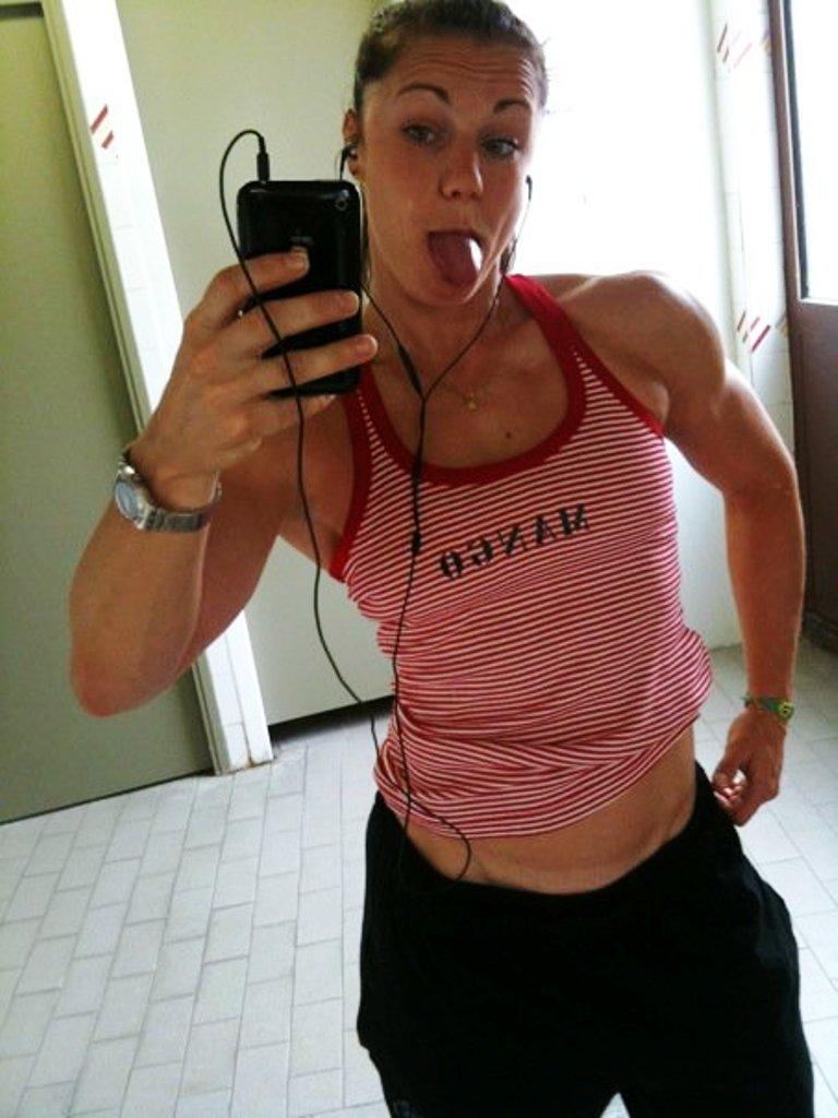 Selfie Linda Durbesson nude (99 photo), Tits, Bikini, Feet, cameltoe 2020