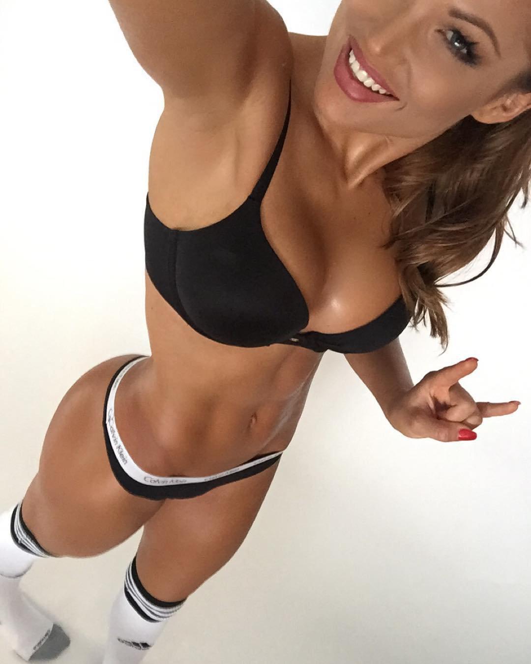 Fitness girl pov